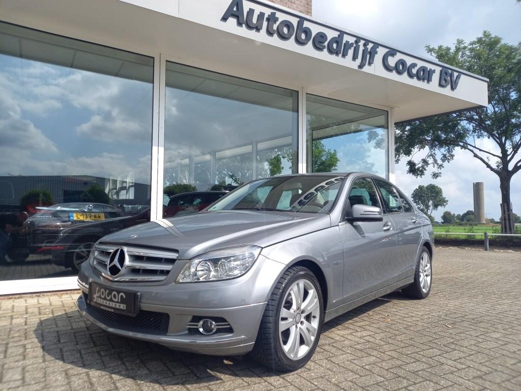 Mercedes-benz-200-thumb